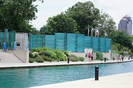 The Congressional Medal of Honor Recipient Memorial across from the Indiana State Museum is an option on the Canal Walk for the Indy Elopement.  Elope in Indy!