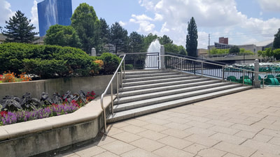 Steps from the Stage on the Ohio Street Basin
